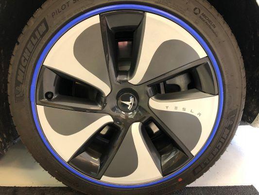 Tesla Model 3 - Aerocap stickers 2021
