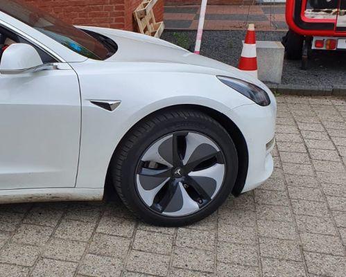 Tesla Model 3 Aerocap stickers tot bouwjaar augustus 2020