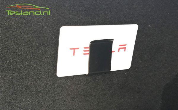 Chargecard holder with card | tesland.com