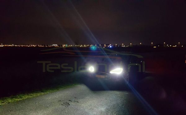HID headlight upgrade outside | tesland.com