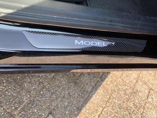 Model 3 - Instaplijst stickers (carbon look)