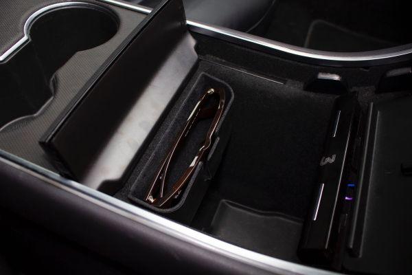Model 3 - Verborgen brillenbakje