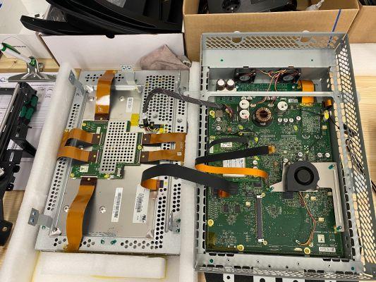 eMMC reparatie Model S of X (for MCU1)