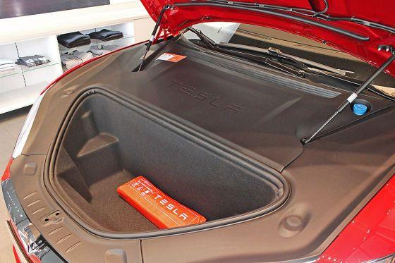 Model S - Powerlift voor de  Frunk