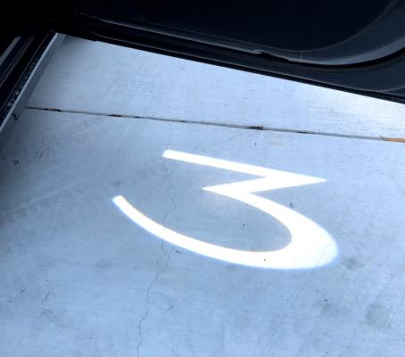welkom projectie lampjes Tesla Model 3 - tesland.com