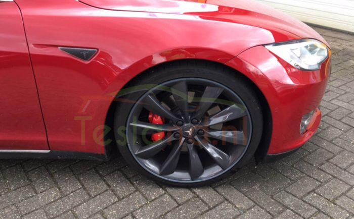 Alloygator Velgbeschermers Voor Tesla Model S X En 3