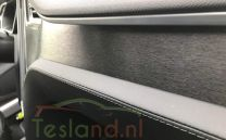 Dashboard Wrapping Tesla Model S en X | tesland.com