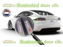 illuminated door sills Model S | tesland.com