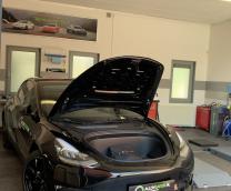 Frunk auto open en easy close kit